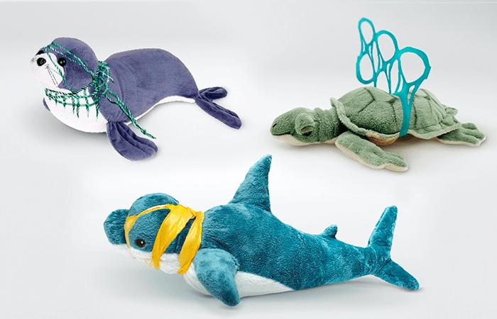 IKEA lanza una colección de peluches para concienciar la contaminación de los océanos